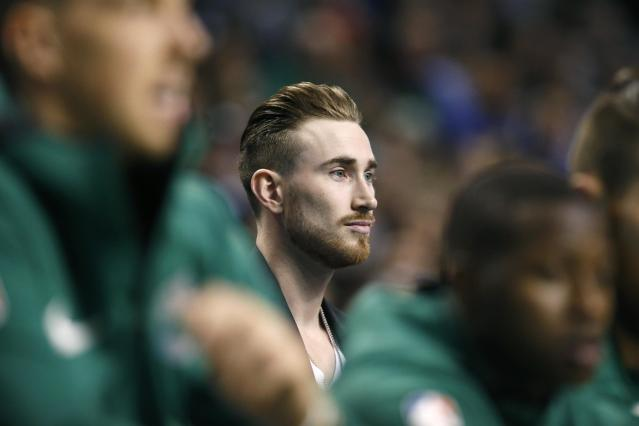 "<a class=""link rapid-noclick-resp"" href=""/nba/players/4724/"" data-ylk=""slk:Gordon Hayward"">Gordon Hayward</a> appearing in public walking without his walking boot is every"