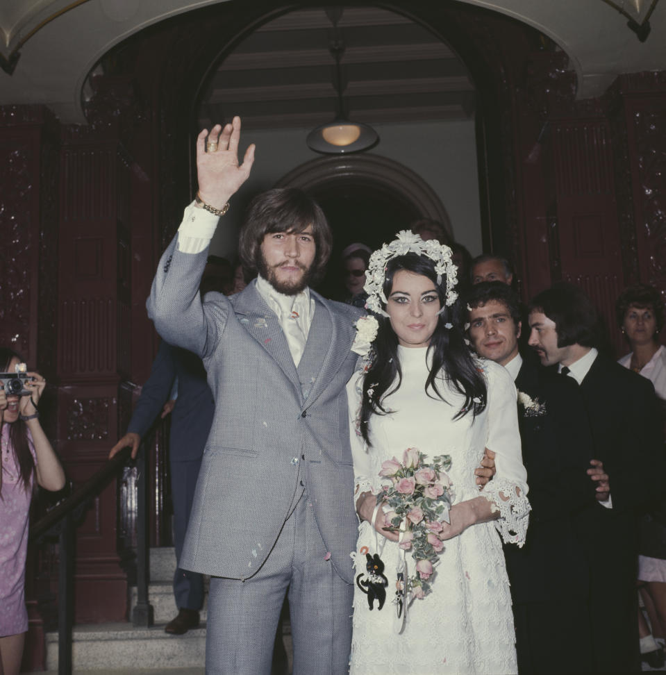 Singer Barry Gibb of The Bee Gees marries Linda Gray, 1st September 1970. (Photo by Keystone/Hulton Archive/Getty Images)
