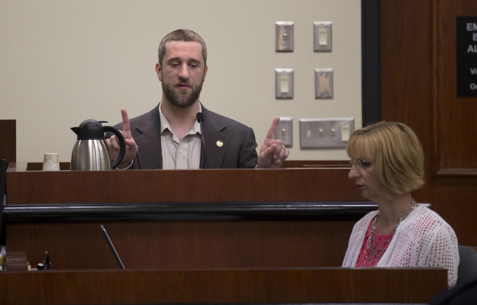 """PORT WASHINGTON, WI - MAY 29: Dustin Diamond testifies in the courtroom during his trial in the Ozaukee County Courthouse May 29, 2015 in Port Washington, Wisconsin. Diamond, best known for his role as Screech on """"Saved by the Bell,"""" was arrested for possession of a switchblade and charged with reckless endangerment, carrying a concealed weapon and disorderly conduct on December 26, 2014 in Ozaukee County, Wisconsin. (Photo by Jeffrey Phelps/Getty Images)"""
