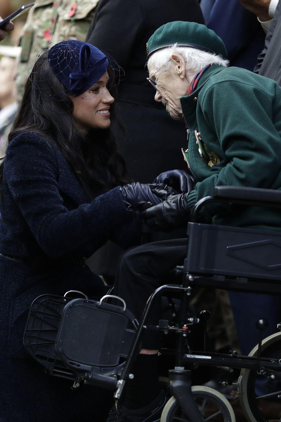 <p>The Duchess of Sussex meets a veteran as she attends the 91st Field of Remembrance at Westminster Abbey.</p>