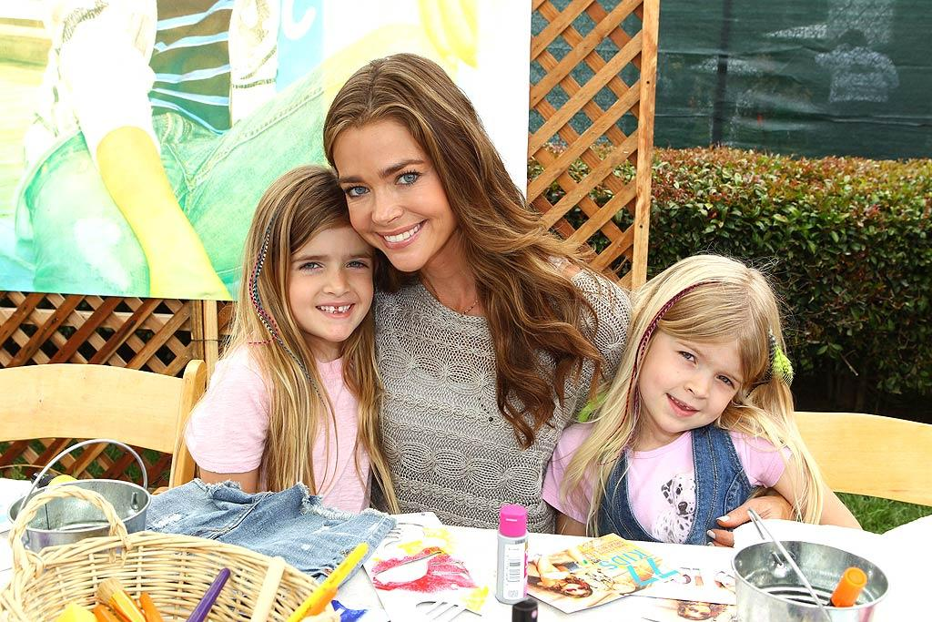 """Denise Richards and her daughters, 7-year-old Sam and 6-year-old Lola, spent their Sunday afternoon at A Time for Heroes Celebrity Carnival sponsored by Disney. The event benefits the Elizabeth Glaser Pediatric AIDS Foundation and, each year, celebs volunteer to work carnival-style game booths to raise money for the cause. Alexandra Wyman/<a href=""""http://www.wireimage.com"""" target=""""new"""">WireImage.com</a> - June 12, 2011"""