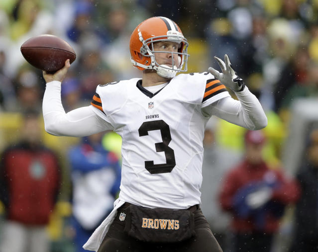 Cleveland Browns quarterback Brandon Weeden throws before an NFL football game against the Green Bay Packers Sunday, Oct. 20, 2013, in Green Bay, Wis. (AP Photo/Tom Lynn)