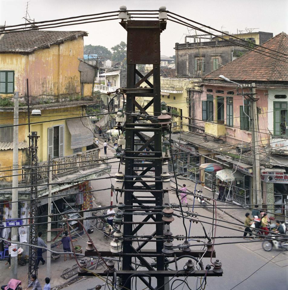 "<p>View across Hàng Gai (Hemp Street), 1994. (© William E. Crawford from the book ""Hanoi Streets 1985-2015: In the Years of Forgetting"") </p>"