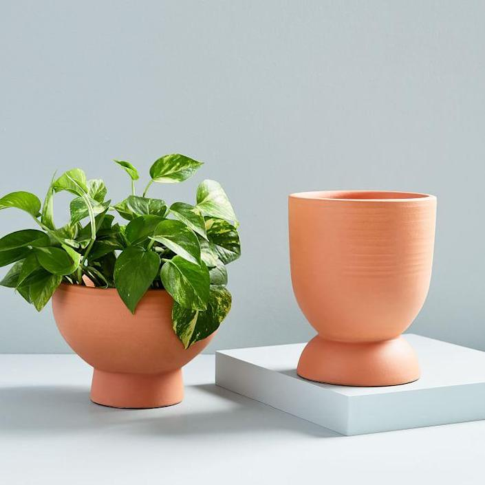 """The round finish modernizes these adorable and affordable planter pots. $39, West Elm. <a href=""""https://www.westelm.com/products/pure-terracotta-planters-d5901/"""" rel=""""nofollow noopener"""" target=""""_blank"""" data-ylk=""""slk:Get it now!"""" class=""""link rapid-noclick-resp"""">Get it now!</a>"""