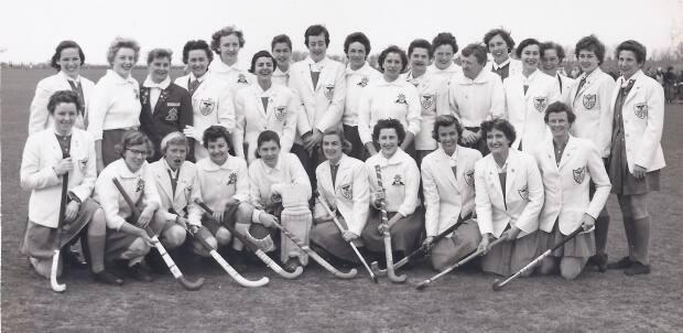 Colbourne, front row, fourth from right, poses in a 1959 photo with a Canadian team in Ramsgate, England.