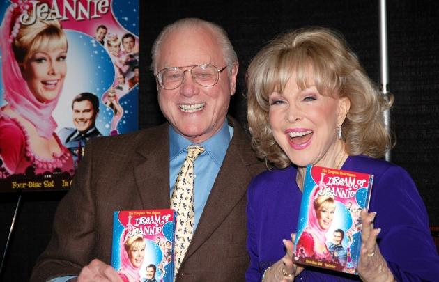 Larry Hagman and Barbara Eden sign the 'I Dream Of Jeannie' DVD, Barnes & Noble, NYC, March 15, 2006 -- Getty Images