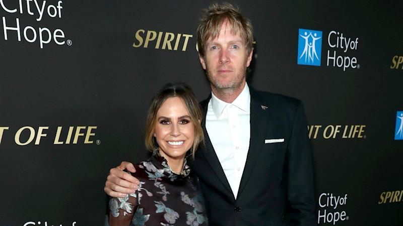 ET's Keltie Knight and Husband Chris Renew Their Vows in Stunning Beach Ceremony