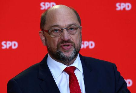 Leader of the Social Democrats (SPD) Martin Schulz gives a statement in Berlin, Germany, November 24, 2017. REUTERS/Pawel Kopczynski