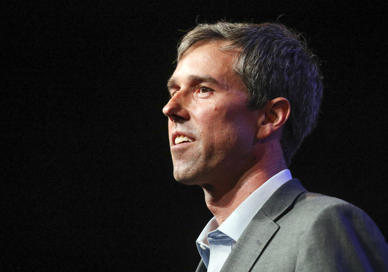 Beto O'Rourke drew praise from sports figures for his measured thoughts on protesting NFL players. (AP)