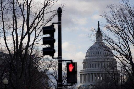 S&P: 'Fiscal cliff' talks won't impact US rating