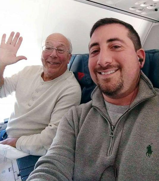 Father books multiple flights just to spend Christmas with his daughter