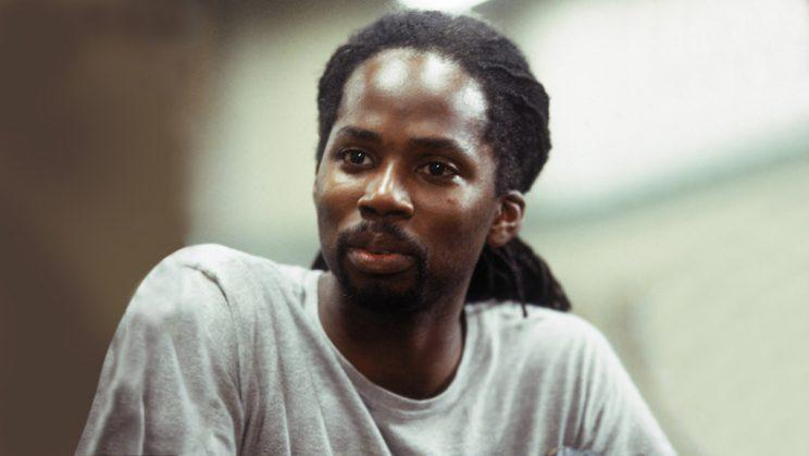 Harold Perrineau as Augustus Hill on HBO's OZ. (Credit: HBO)