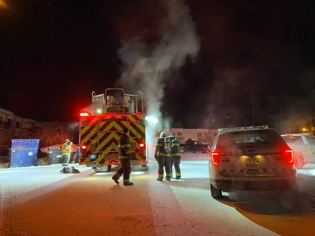 Yellowknife's fire department put out a car fire in the city's downtown on 51 Street near 52 Avenue Tuesday evening. No injuries were reported.