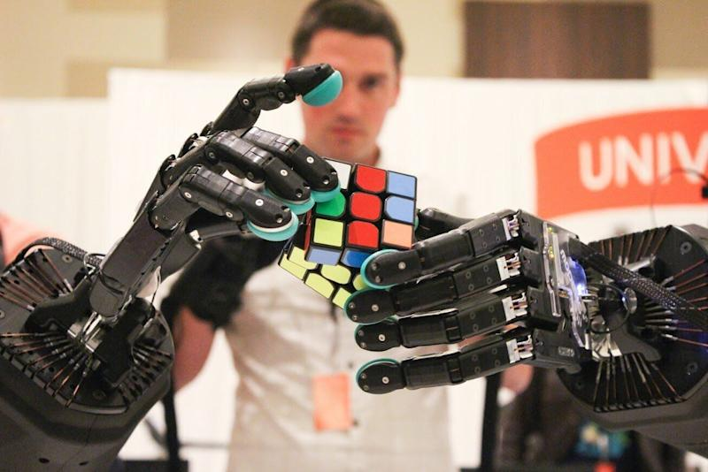 <strong>A pair&nbsp;Shadow Robot Company hands attempts to solve a Rubix Cube. The company is facing a number of obstacles posed by a possible no-deal Brexit.</strong> (Photo: Shadow Robot Company)