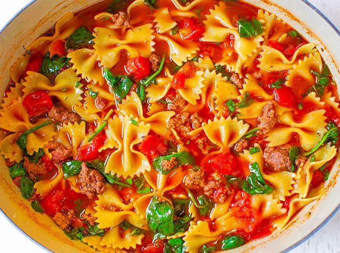 """<h2>27. Beef and Bowtie Soup</h2> <p>The pasta cooks right in the broth, so you'll be at the table in 30 minutes or less.</p> <p><a class=""""link rapid-noclick-resp"""" href=""""https://www.averiecooks.com/30-minute-one-pot-beef-and-bowtie-soup/"""" rel=""""nofollow noopener"""" target=""""_blank"""" data-ylk=""""slk:Get the recipe"""">Get the recipe</a></p>"""
