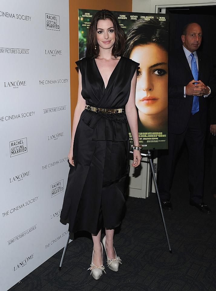"""<a href=""""http://movies.yahoo.com/movie/contributor/1804705919"""">Anne Hathaway</a> at the Cinema Society New York City premiere of <a href=""""http://movies.yahoo.com/movie/1809961213/info"""">Rachel Getting Married</a> - 09/25/2008"""