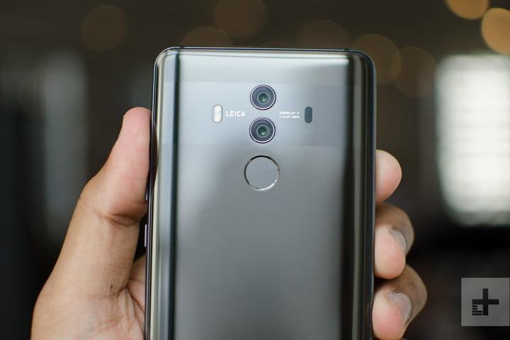 Huawei responds to dispute over dubious Mate 10 Pro reviews