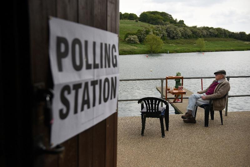 Britain voted in EU elections on Thursday with Prime Minister Theresa May's Conservative party facing a wipeout by a new eurosceptic Brexit Party (AFP Photo/Oli SCARFF                          )