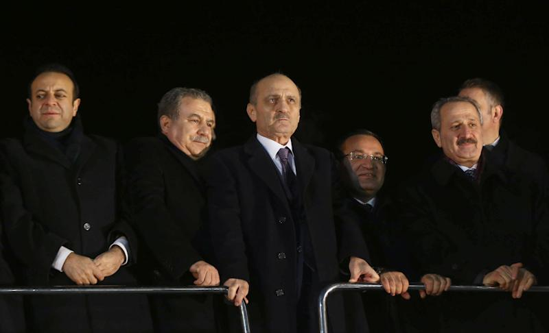 Turkey's ex-ministers Zafer Caglayan (R-L), Erdogan Bayraktar, Muammer Guler and Egemen Bagis in Ankara on December 24, 2013 (AFP Photo/Adem Altan)