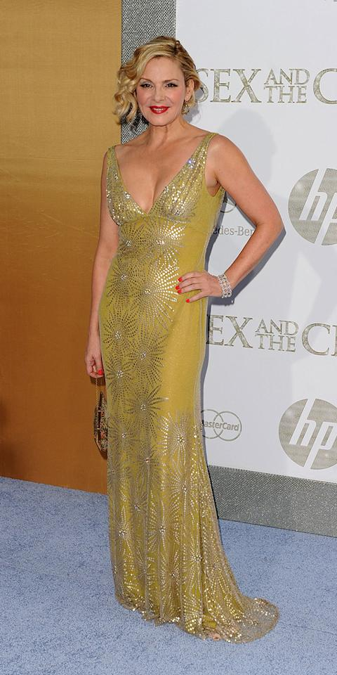 "<a href=""http://movies.yahoo.com/movie/contributor/1800020428"">Kim Cattrall</a> (in Naeem Khan) at the New York City premiere of <a href=""http://movies.yahoo.com/movie/1810111276/info"">Sex and the City 2</a> - 05/24/2010"