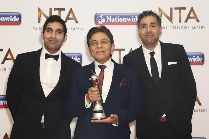 LONDON, ENGLAND - JANUARY 20: (L-R) Baasit Siddiqui, Sid Siddiqui and Umar Siddiqui of Gogglebox with their award for Factual Entertainment during the 21st National Television Awards at The O2 Arena on January 20, 2016 in London, England. (Photo by Dave J Hogan/Dave J Hogan/Getty Images)