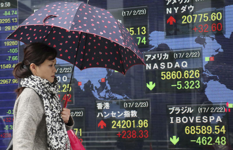 Global stocks steady as Fed minutes fail to sway investors