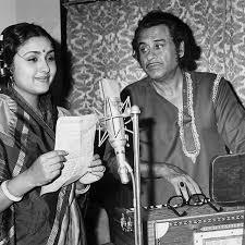 Leena Chandavarkar and Kishore recording for Manchali