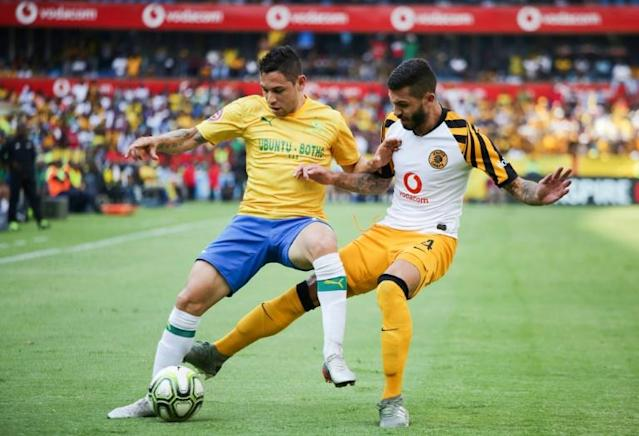 A file photo of Daniel Cardoso (R), whose penalty gave Kaizer Chiefs victory over Orlando Pirates Saturday in a thrilling Soweto derby (AFP Photo/Phill Magakoe)