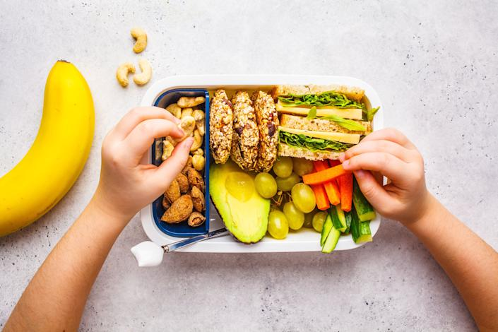 After months of making your own coffee, breakfast, lunch and dinner for months, the idea of packing a lunchbox seems less than ideal. (Photo: vaaseenaa via Getty Images)