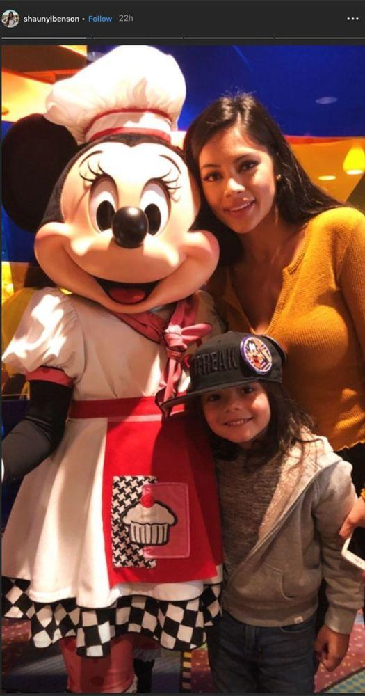 Shaunyl Benson (R) and son Johnny with Minnie Mouse | Shauny Benson/ Instagram