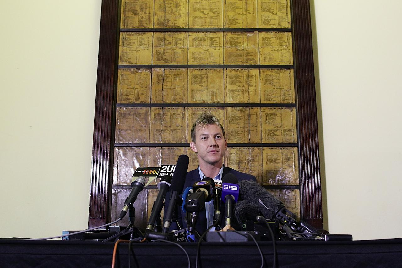 SYDNEY, AUSTRALIA - JULY 13:  Australian cricketer Brett Lee addresses media representatives at a press conference to announce his retirement from International Cricket at the SCG on July 13, 2012 in Sydney, Australia.  (Photo by Brendon Thorne/Getty Images)