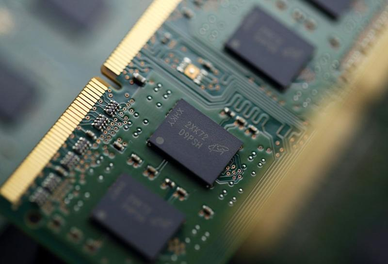 Chip Stock Anxieties Revived as Micron Sales View Misses