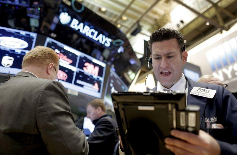 Wall Street falls on grim jobless claims data