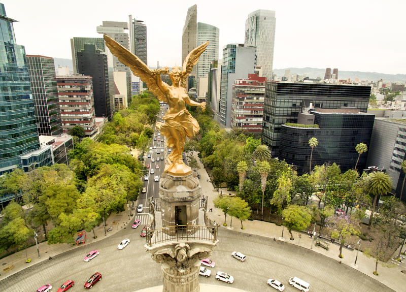 Aerial view of Angel of Independence, Mexico City