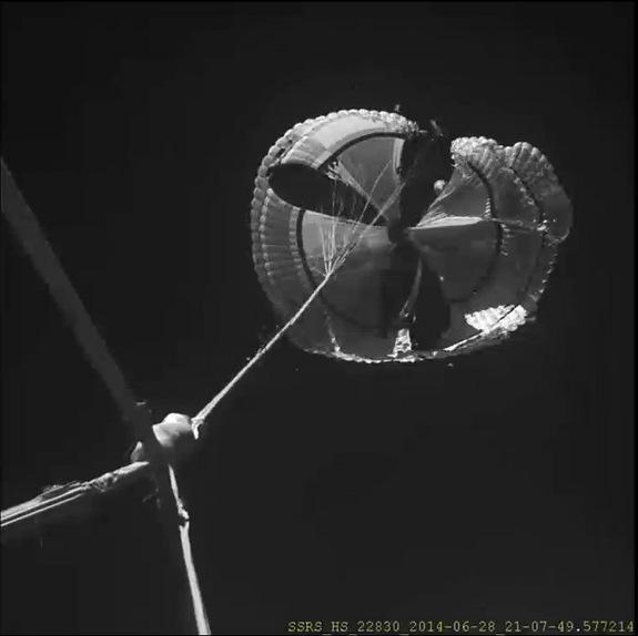 The huge 100-foot-wide (30.5 meters) supersonic parachute ripped almost immediately upon being deployed during the LDSD test.