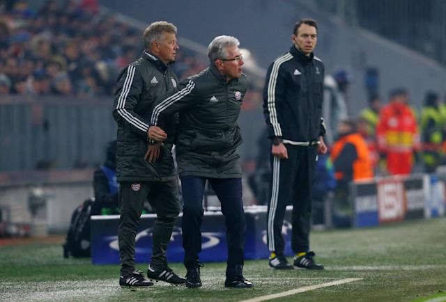 Soccer Football - Champions League Round of 16 First Leg - Bayern Munich vs Besiktas - Allianz Arena, Munich, Germany - February 20, 2018 Bayern Munich coach Jupp Heynckes with assistant coach Peter Hermann REUTERS/Ralph Orlowski