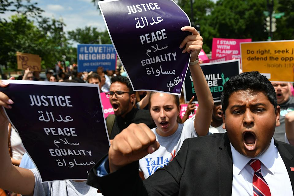 <p>People protest the Muslim travel ban outside of the US Supreme Court in Washington, D.C. on June 26, 2018. (Photo: Mandel Ngan/AFP/Getty Images) </p>