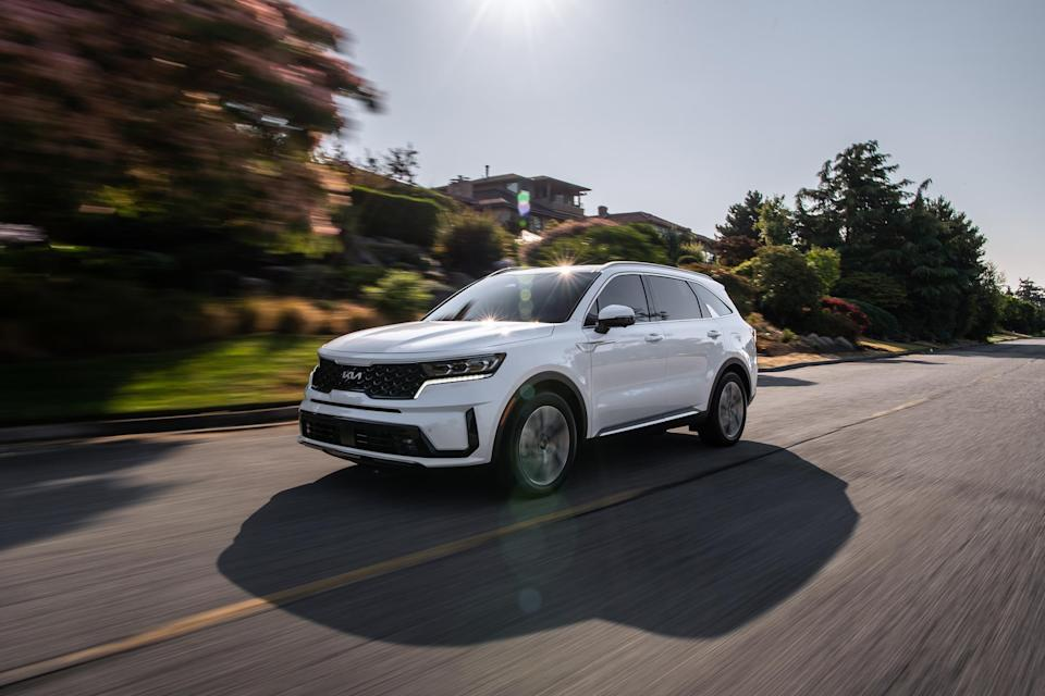 The Sorento PHEV offers a full suite of standard Kia Drive Wise Advanced Driver-Assistance Systems (ADAS), including Highway Driving Assist and Rear Cross Traffic Collision Avoidance technology.