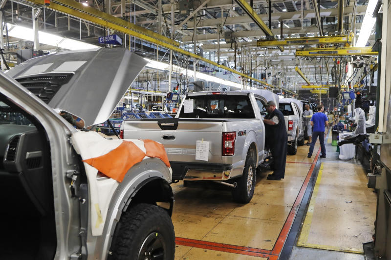 Detroit automakers to temporarily shut down North American plants