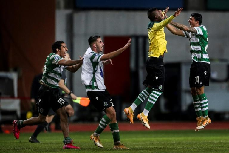 The celebrations begin for Sporting Lisbon as they beat Braga to win the Portuguese League Cup
