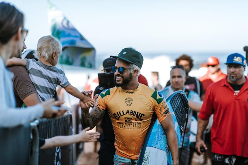 OAHU, UNITED STATES - DECEMBER 11: Italo Ferreira of Brazil advances to Round 4 of the 2019 Billabong Pipe Masters after winning Heat 1 of Round 3 at Pipeline on December 11, 2019 in Oahu, United States. (Photo by Ed Sloane/WSL via Getty Images)
