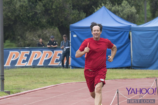 <p>Sorbo (<em>Hercules: The Legendary Journeys</em>) runs like the wind in the relay race for Team Sci-Fi/Fantasy.<br><br>(Photo Credit: Byron Cohen/ABC) </p>