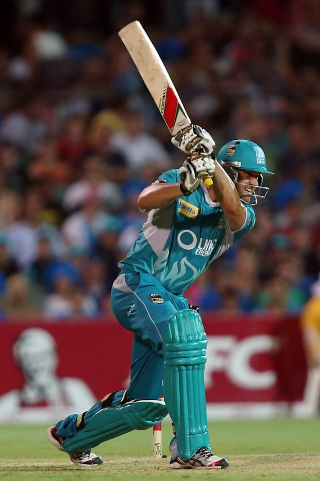 ADELAIDE, AUSTRALIA - DECEMBER 13:  Luke Pomersbach of the Heat bats during the Big Bash League match between the Adelaide Strikers and the Brisbane Heat at Adelaide Oval on December 13, 2012 in Adelaide, Australia.  (Photo by Morne de Klerk/Getty Images)