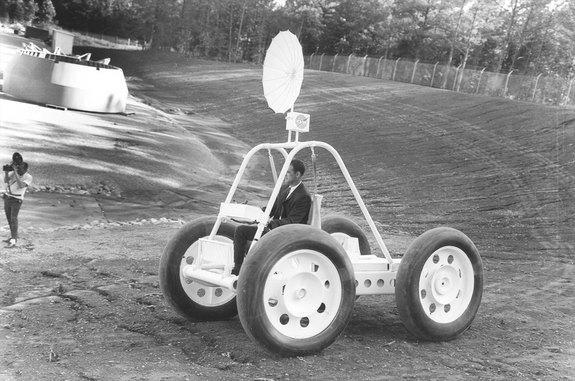 A Brown Engineering prototype lunar rover, as seen in 1965, was sold for scrap after sitting in an Alabama backyard.