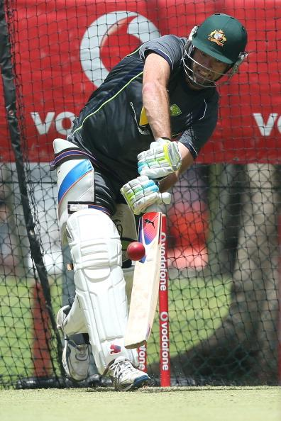 BRISBANE, AUSTRALIA - NOVEMBER 06:  Rob Quiney bats during an Australian nets session at The Gabba on November 6, 2012 in Brisbane, Australia.  (Photo by Chris Hyde/Getty Images)
