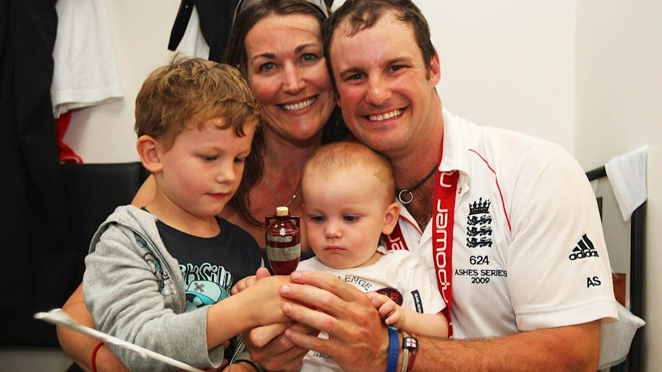 Andrew Strauss with wife Ruth and children Sam and Luca in 2009.  (Photo by Tom Shaw/Getty Images)