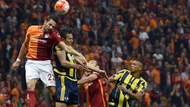 <p>Talking of heated derbies, none are fuelled by more hatred and unfortunate violence than the Istanbul derby between Galatasaray and Fenerbahce.</p> <br><p>Leaving the violence at the door, no two teams seem to hate each other than these two Turkish giants.</p> <br><p>Through the years there have been controversial moments but not more so than when than Galatasaray boss Greame Souness planted a 'Gala' flag in the centre of the Fenerbahce pitch after a cup victory.</p> <br><p>Forever a hero to Galatasaray, but always a villain to Fener.</p> <br><p>With neither side realistically close enough to challenge current league leaders Besiktas, the sides in 3rd and 4th will battle is out for bragging rights and pure supremacy.</p>