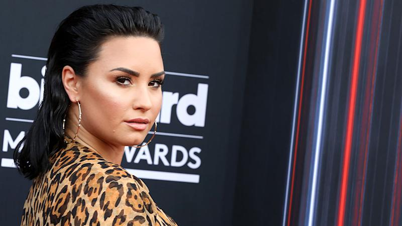 ICYMI—Demi Lovato Just Chopped Her Hair and Dyed It Green