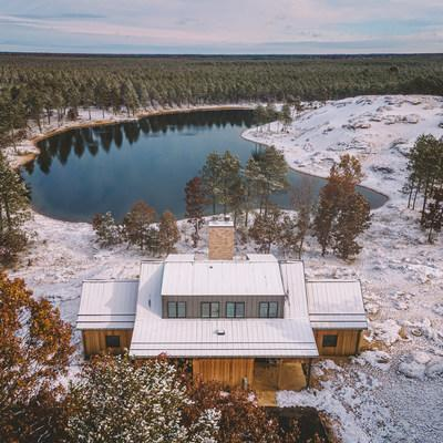 Sand Valley is open for its inaugural fall-winter season, providing guests a luxurious yet tranquil retreat among the tumbling prehistoric sand dunes of central Wisconsin.