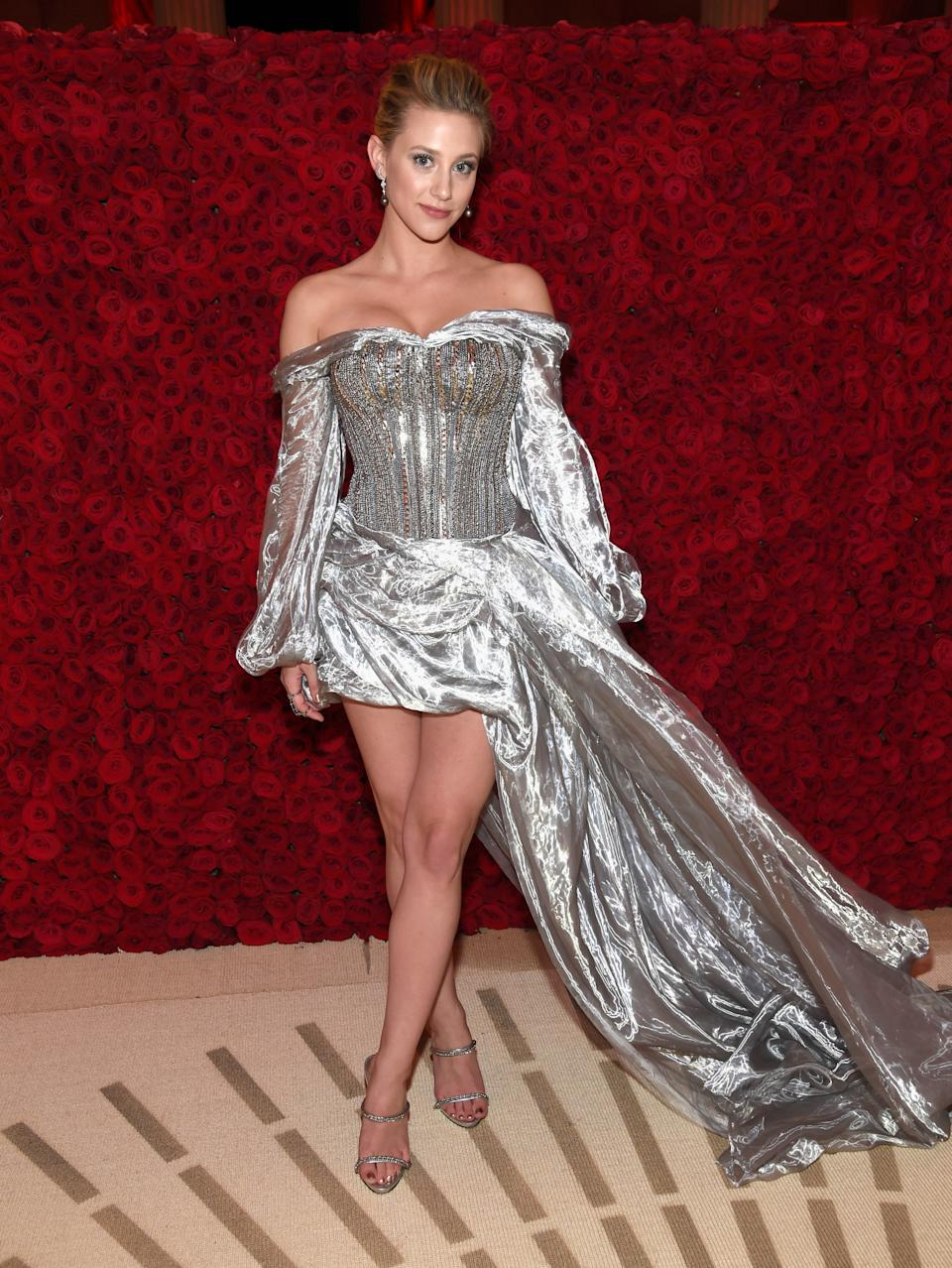 """<h1 class=""""title"""">Lili Reinhart in H&M, Giuseppe Zanotti shoes, and Djula jewelry</h1><cite class=""""credit"""">Photo: Getty Images</cite>"""